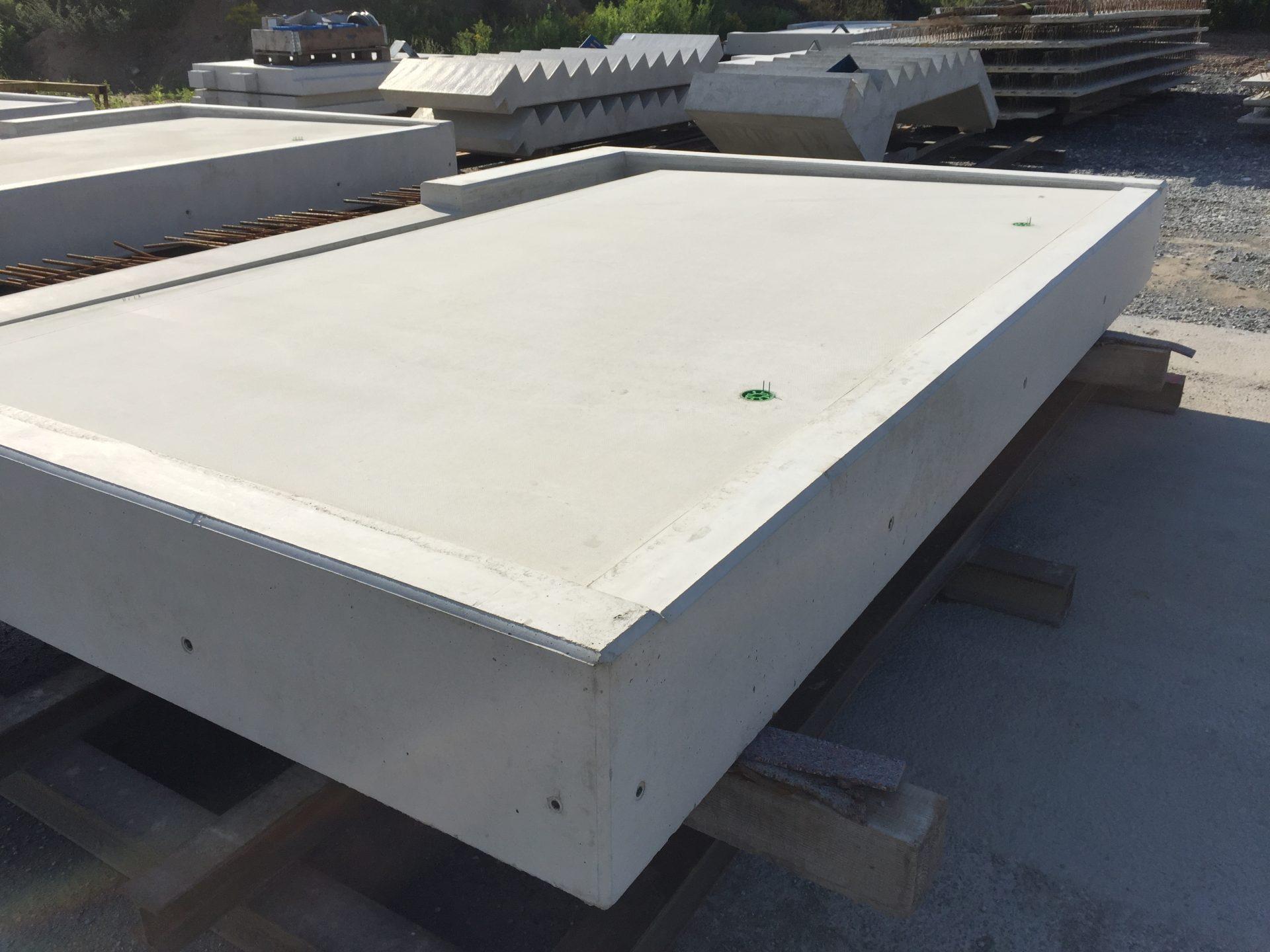 Loggiaplatte mit Betosieb Oberfläche