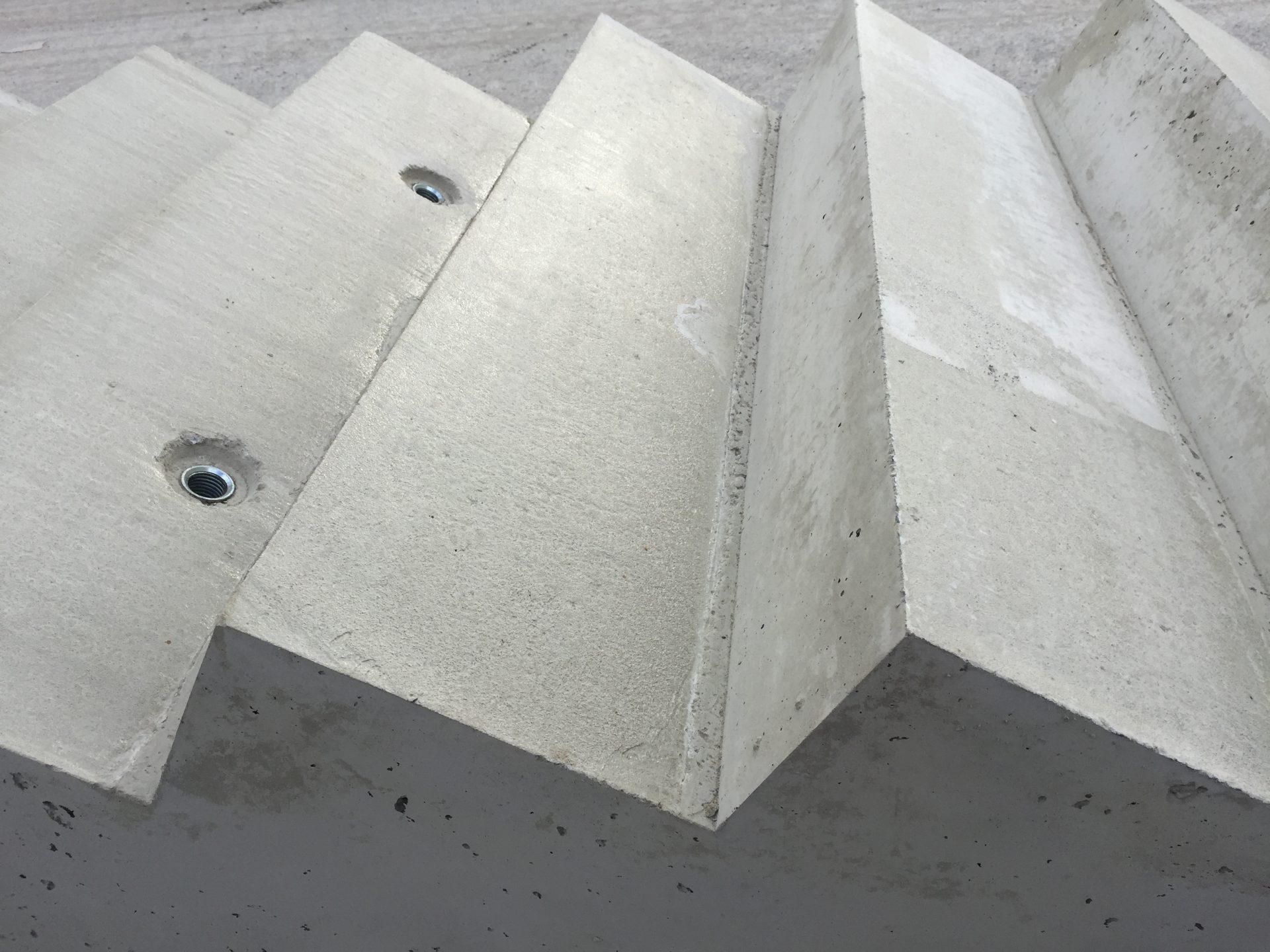Bocktreppe Oberfläche